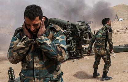 """Сиријска армија и Хезболах """"скидају"""" Исламску државу са висова око Каријатејна"""