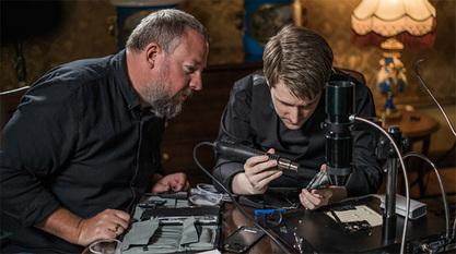 Сноуден прави футролу за мобилне која ће онемогућити праћење њихових власника