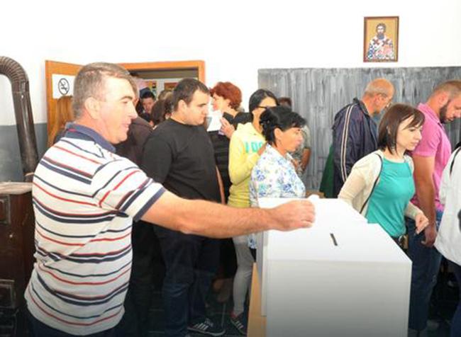 Сви који су изашли на рефрендум – гласали да њен дан остане 9. јануар