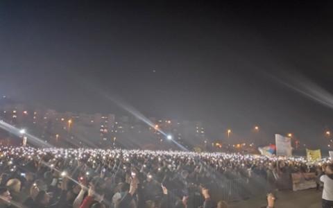 Хиљаде и хиљаде упаљених свећа у Подгорици